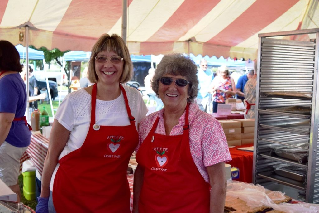 Apple Pie Crafts Fair Volunteers