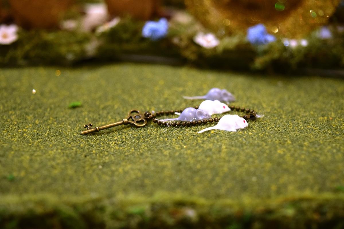 Detail Image TWO - Mice - BEST IN PEEPS - Peep-erella by Lee Carey, Grantham, NH