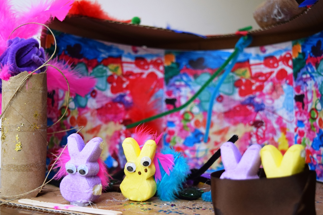 Annabelle Huot - Colorful World of PEEPS
